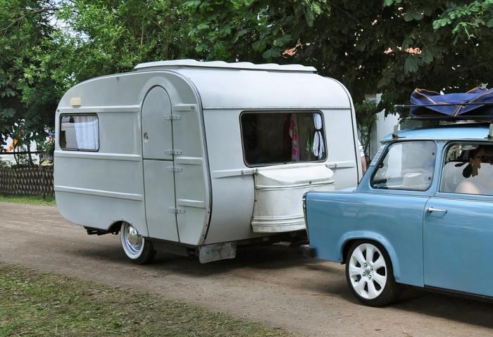 caravane pliante le site de r f rence. Black Bedroom Furniture Sets. Home Design Ideas